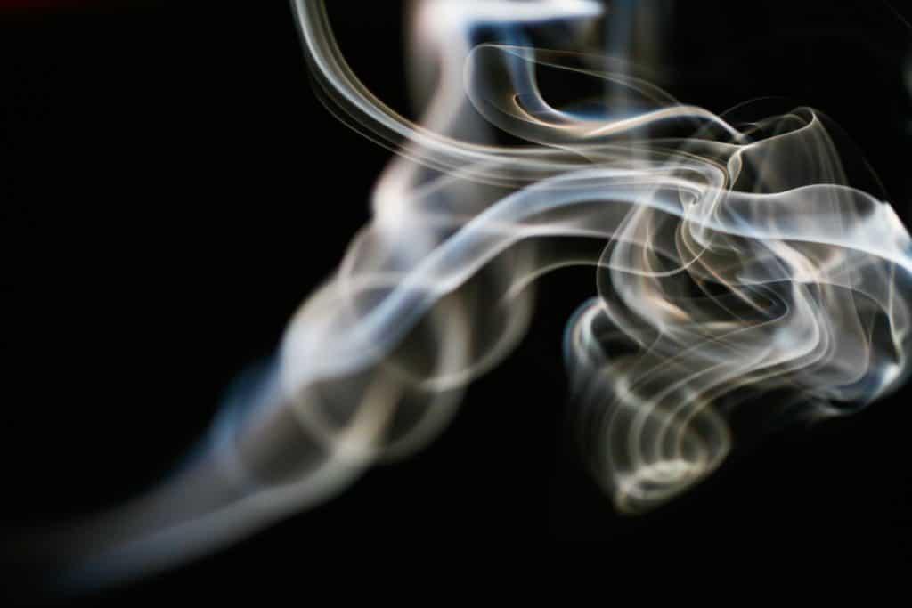 Hintergrund Schwarz mit Rauch