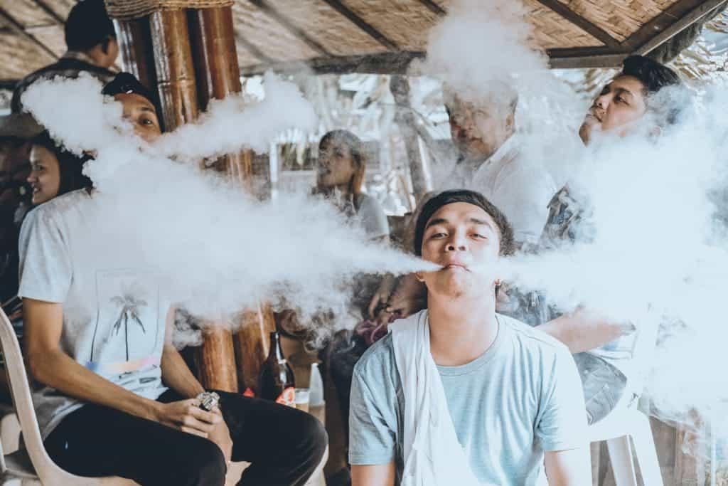 Zwei Rauchwolken
